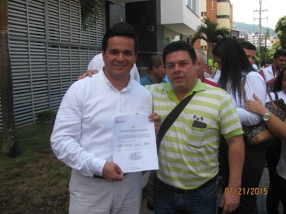 Ariel Fernando Rojas con Marco Antonio Velazquez