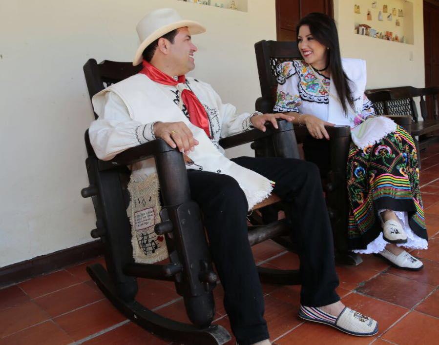 Gobernador de Santander DIDIER TAVERA y PRISCILA SANTOS DE TAVERA - FOTO FANPAGE DIDIER TAVERA