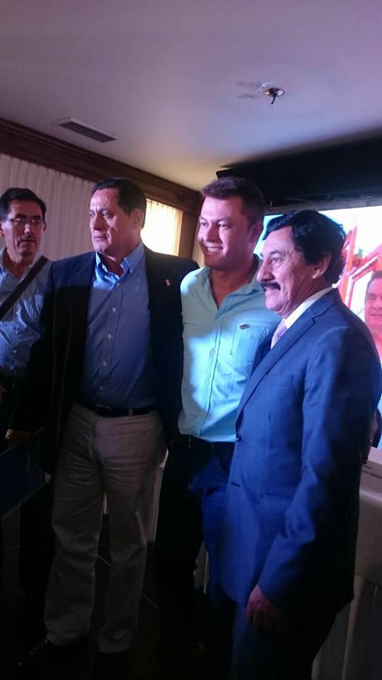 Alvaro Celis, Ciro Moreno y el Senador Bernabe Celis en Convención Nacional de Cambio Radical