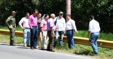 FOTO VANGUARDIA LIBERAL VISITA AL SECTOR EL DERRUMBE DE SAN GIL REVISTADOSSIER.COM