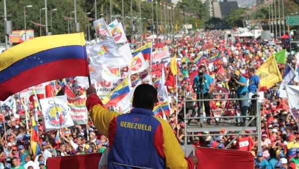 oficialismo-se-concentra-en-caracas-venezuela_-archivo.jpg_1718483347
