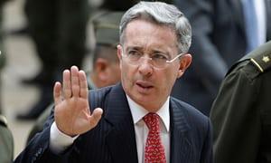 -lvaro-Uribe--008