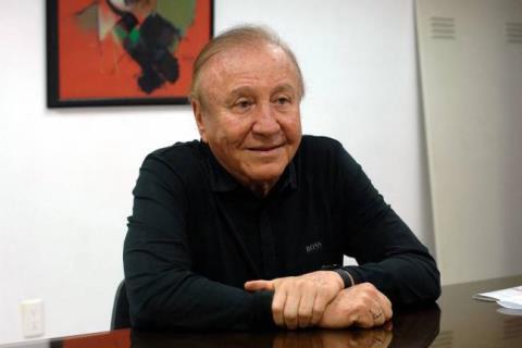 alcalde_espera_que_siga_la_camaraderia_con_el__concejo