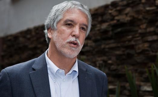 Enrique Peñalosa, 28%