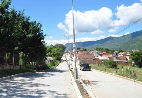 vista de la carrera 19, hoy avenida Luis Sánchez Cominos
