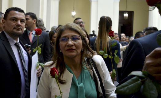 Sandra-ramirez-farc-congreso-senadora-tirofijo